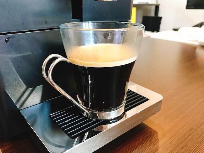 1日のスタートは1杯のブラックコーヒから|朝の至福時間